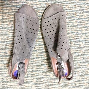 2/$10 Steve Madden heeled shoes
